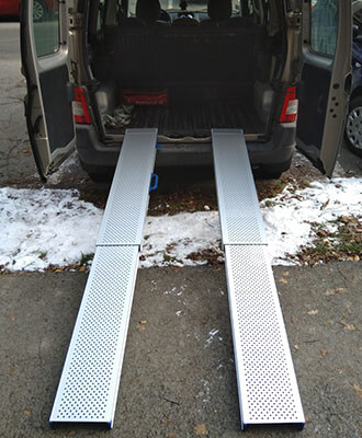 Najazdova rampa do auta pre vozičkárov